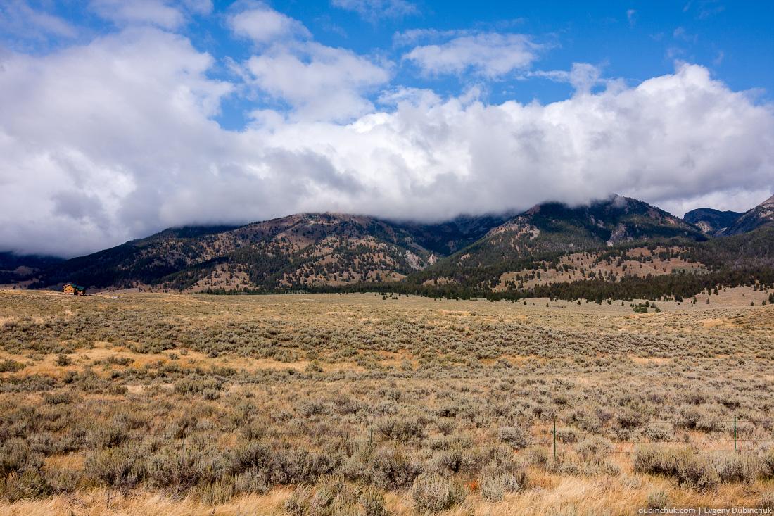 Одиночное путешествие в Америку на велосипеде. Горы в Монтане. Mountains in Montana, USA