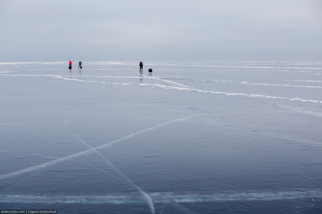 Лед Байкала. Поход по Байкалу на коньках. Baikal ice. Ice skating trip on frozen Baikal lake