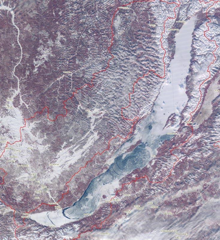 Подвижки льда на Байкале. Лед до конца не замерз