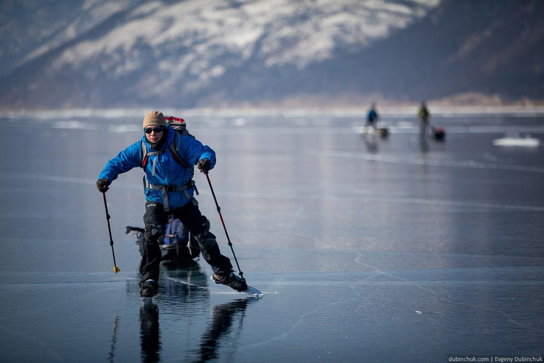 Путешествие по Байкалу на коньках. Ice skating tour on Baikal lake