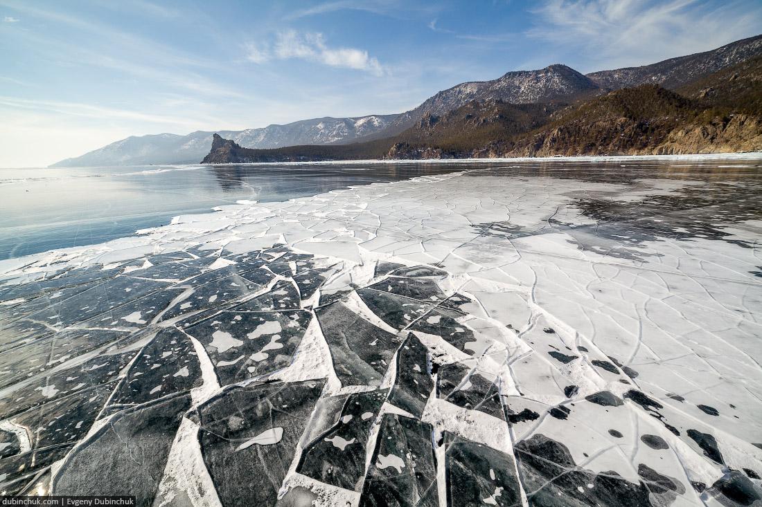 Льдины на Байкале. Мыс Большой Колокольный. Путешествие по Байкалу на коньках. Baikal in winter. Pure ice.
