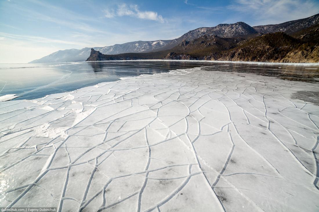 Льдины на Байкале. Мыс Большой Колокольный. Путешествие на Байкал на коньках. Baikal in winter. Pure ice.