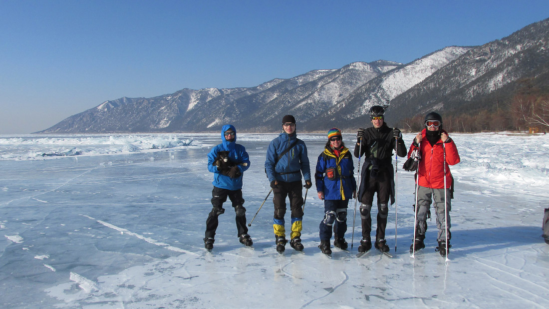 Поход по Байкалу на коньках. Ice skating on Baikal lake