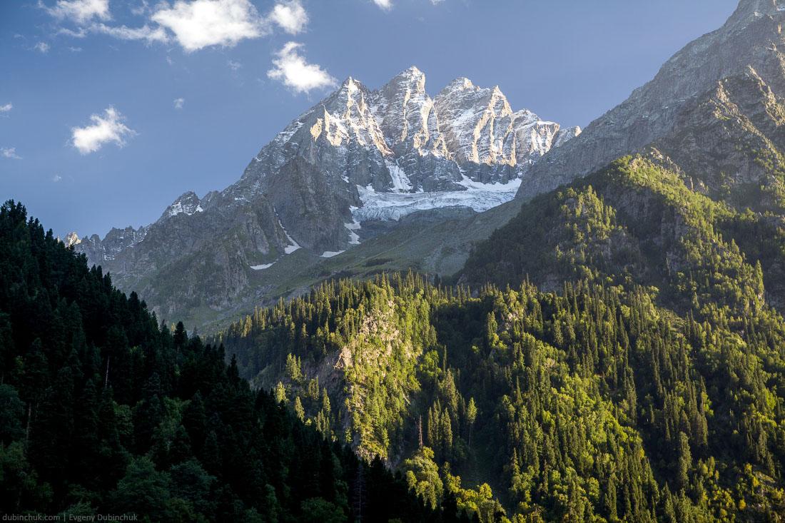 Горы в Кашмире