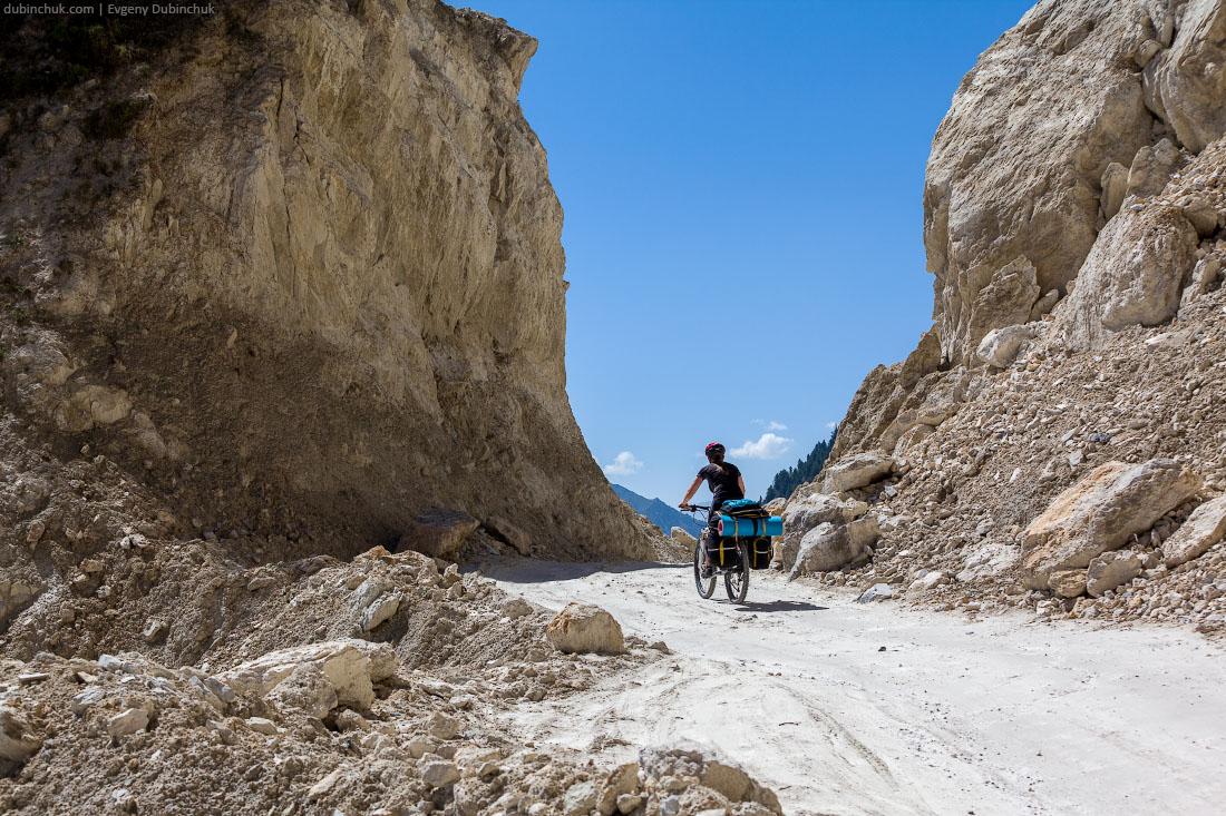 К перевалу Зоджи Ла (Zoji La). Кашмир, Индия, велопоход.