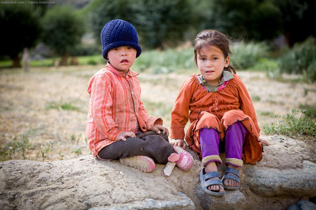 Чумазые кашмирские дети