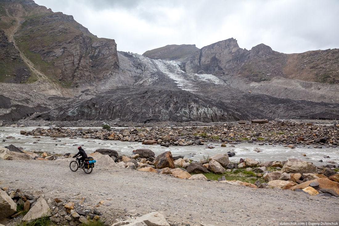 Ледник Паркачик (Parkachik glacier). Велопоход по Индии. Гималаи. Ладакх