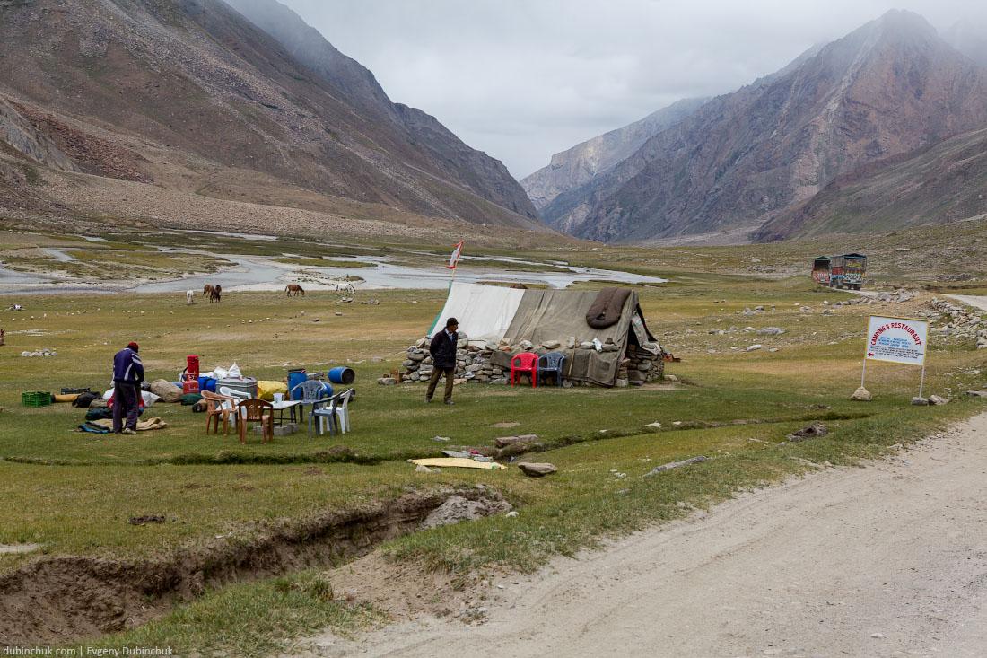 Типичные Camping & Restaurant  в Гималаях, Индия