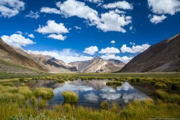 Пейзаж рядом с Рангдумом. Гималаи, Индия