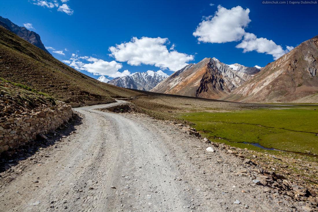 Дорога на перевал Пенси Ла (Penzi La). Занскар