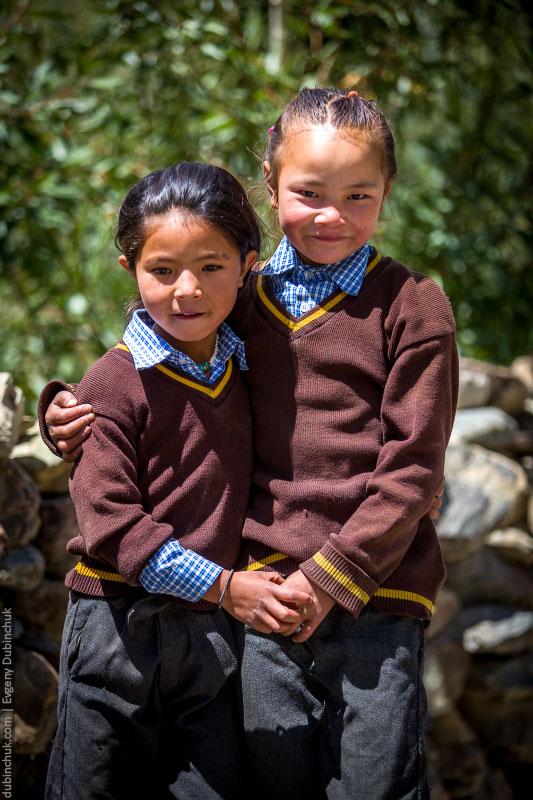 Долина Занскар. Школьницы. Индия