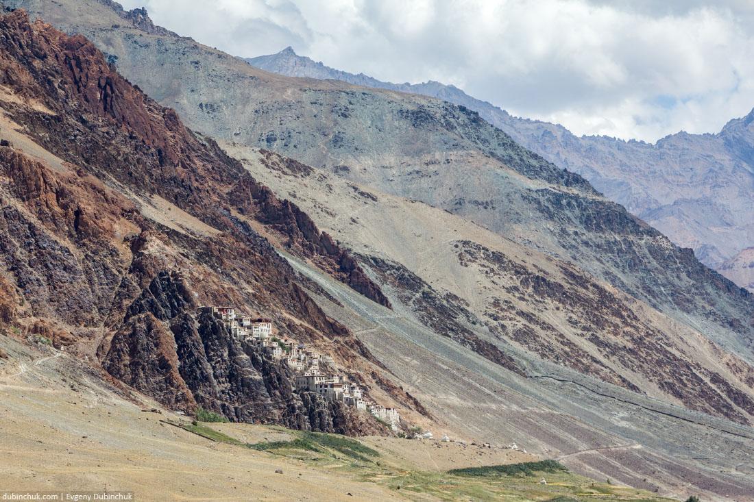 Курча-Гомпа - самый крупный монастырь Занскара