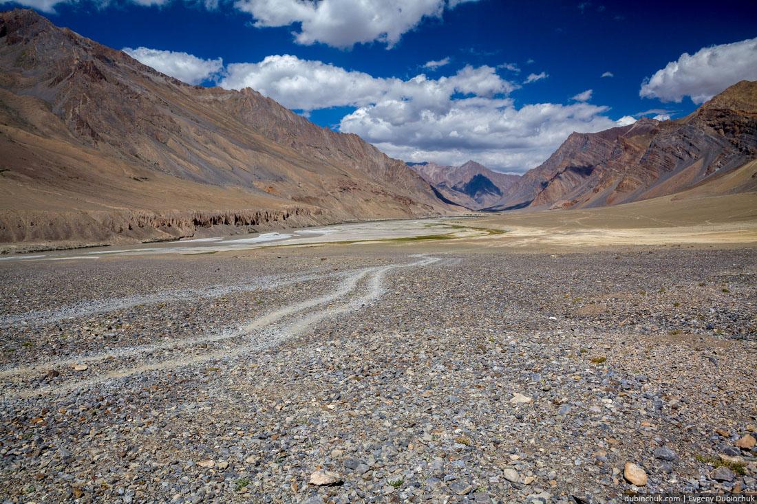 Горная дорога в Занскаре. Гималаи