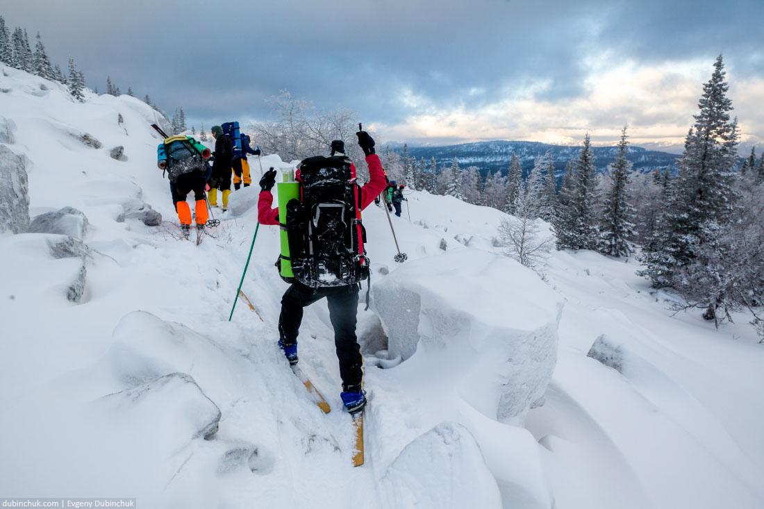 Подъем на хребет Нургуш на лыжах