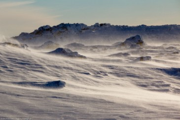 Суровый зимний ветер