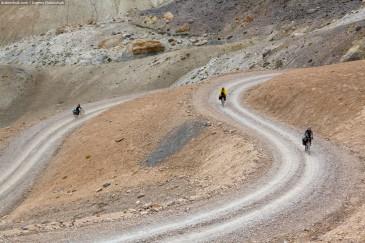 Индийские Гималаи на велосипеде. Перевал Синге Ла (4955 м). Часть 7. Indian Himalayas by bike. Singe La Pass (4955 m). Part 7