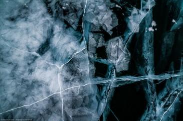 Удивительные узоры из льда на Байкале зимой. Ice patterns on lake Baikal