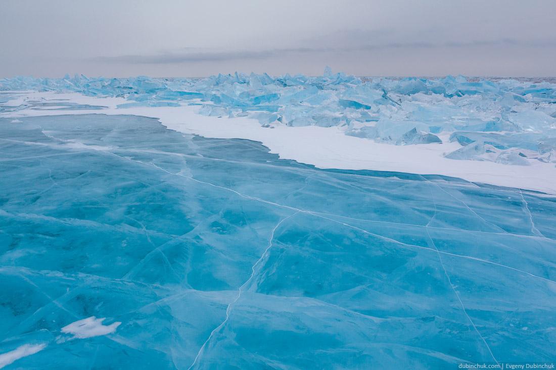 Голубые торосы на Байкале. Зима 2015