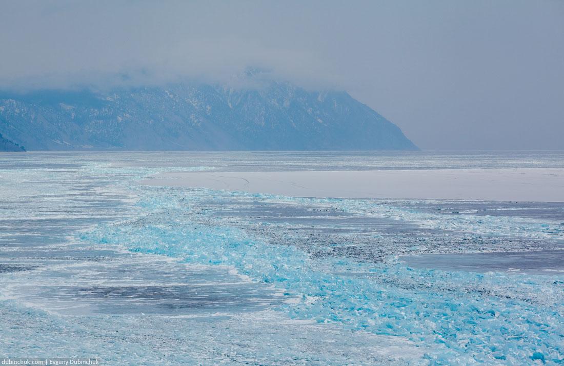 Поля торошения на Байкале зимой. Вид сверху